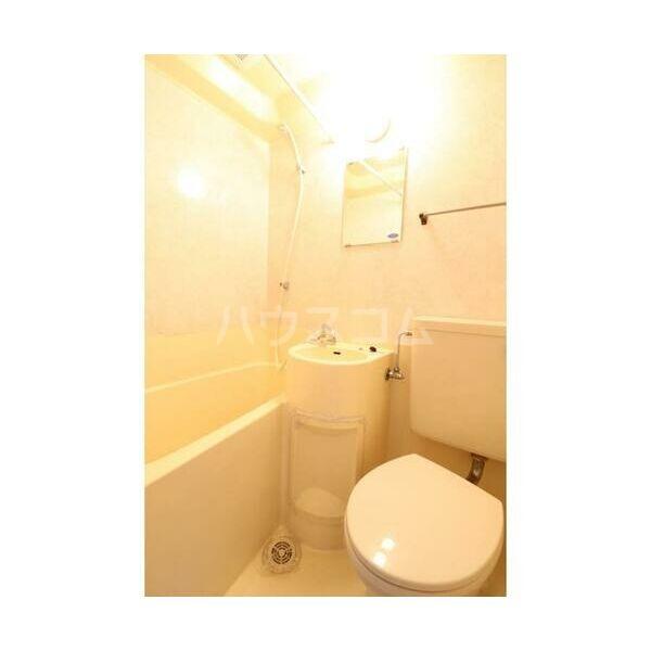 メイプルハウス町田 402号室の風呂