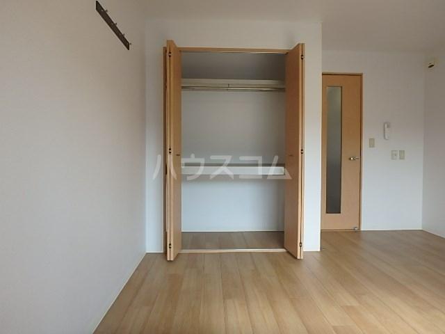 ロータスハイツ 102号室の収納