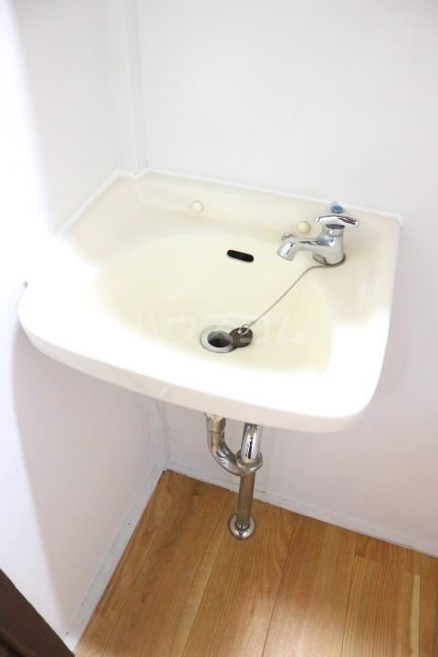 芝富士戸建の洗面所