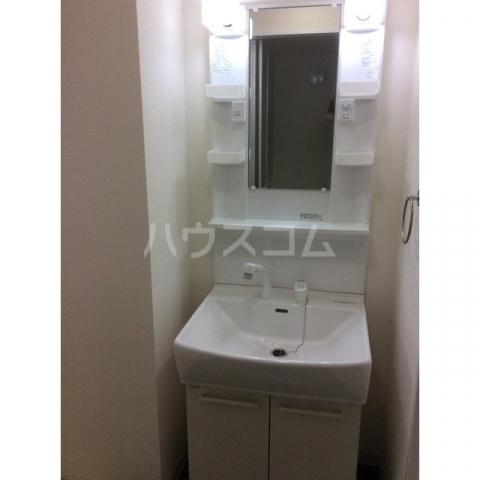 エスシャトルB 107号室の洗面所