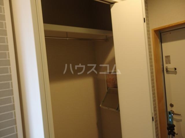 クリフビレッジF棟 202号室の収納