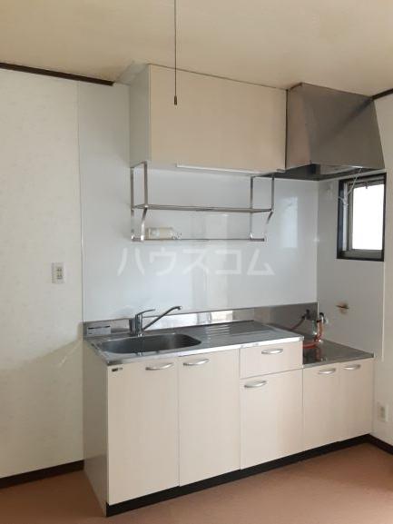 メゾンA 101号室のキッチン