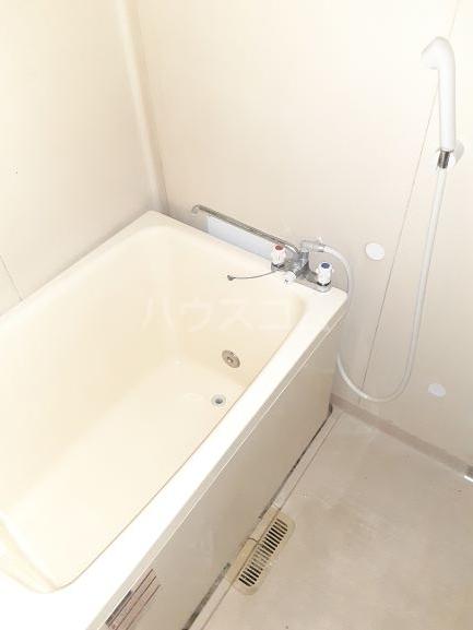 メゾンA 101号室の風呂