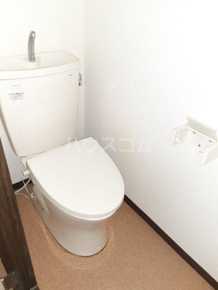 メゾンA 101号室のトイレ