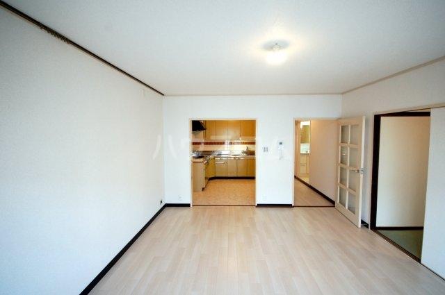 厚木リバーハイツ2号棟 234号室の居室