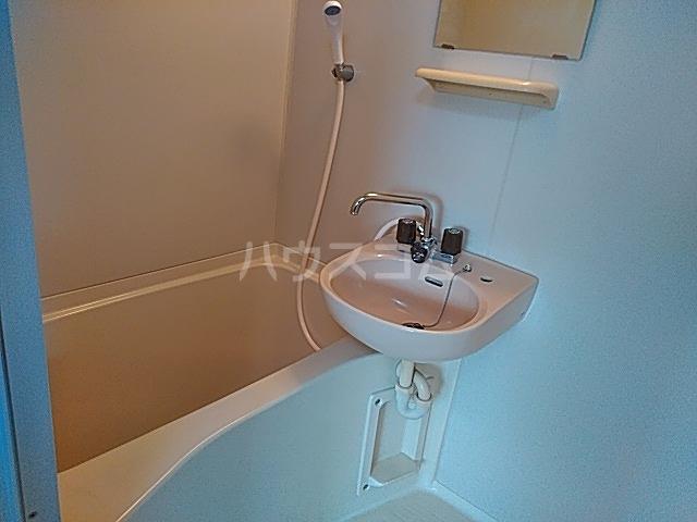 マメゾン井の元 201号室の風呂