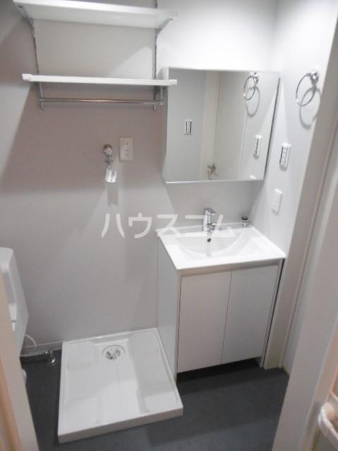 スリジエ 松戸 02030号室の洗面所