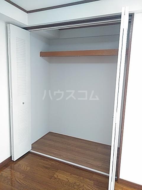 サンベルガーデン 206号室の収納