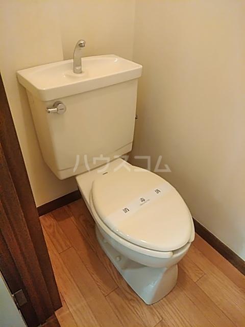 サンベルガーデン 206号室のトイレ