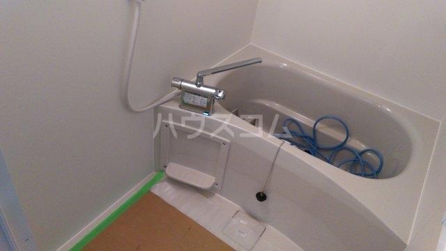 稲越町貸家の風呂