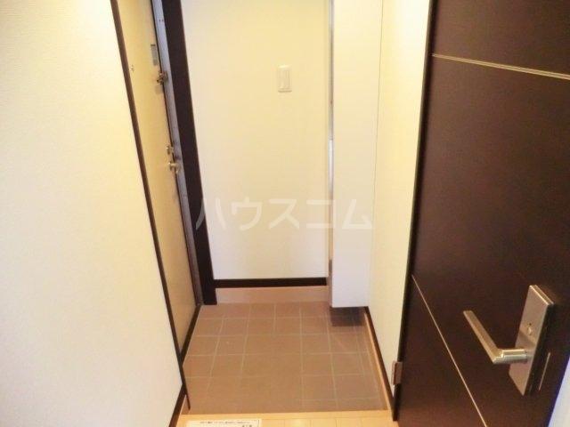 Fragrance Wind(フレグランスウインド) 405号室の玄関