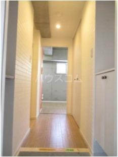 N'sⅡ 3-B号室の玄関