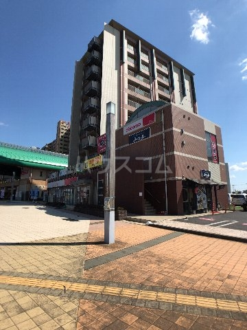 STATION TOWER TOYOSHIMAの外観