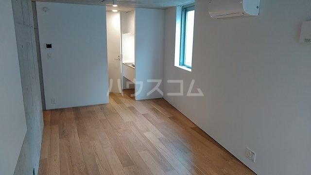 Solana Takanawadai 102号室の居室