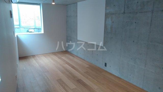 Solana Takanawadai 102号室のリビング