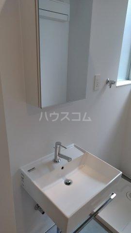 Solana Takanawadai 102号室の洗面所