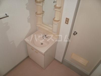平成ビル 402号室の洗面所