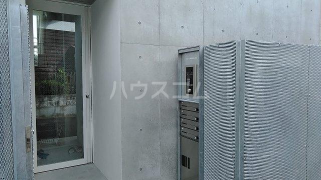 Solana Takanawadai 201号室のエントランス