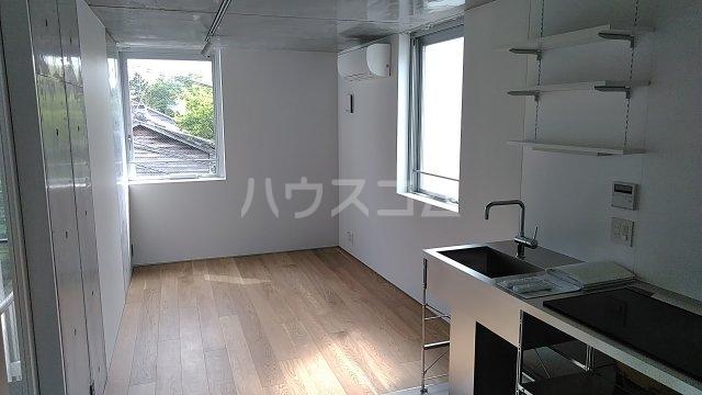 Solana Takanawadai 201号室のリビング