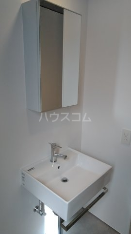 Solana Takanawadai 201号室の洗面所