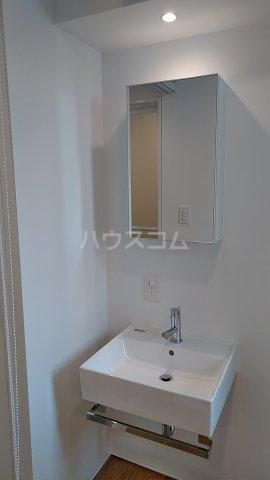 Solana Takanawadai 202号室の洗面所