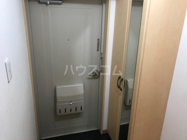 コーポ白鳥 802号室の玄関