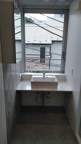 Solana Takanawadai 303号室の洗面所