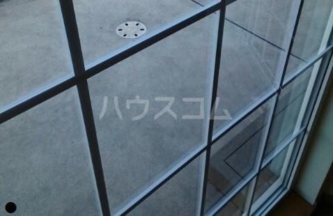 ラフレシールA 01010号室のバルコニー