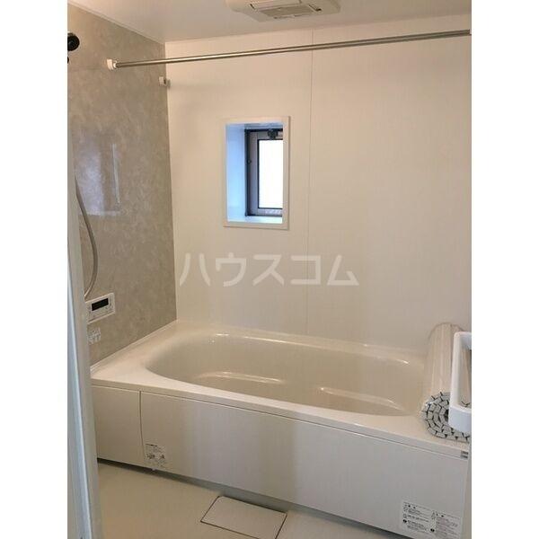 グランルーチェA 201号室の風呂