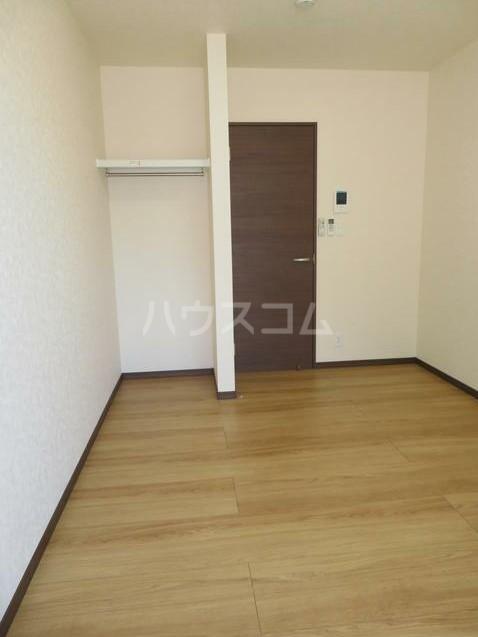 ネオステージⅡ 102号室の収納