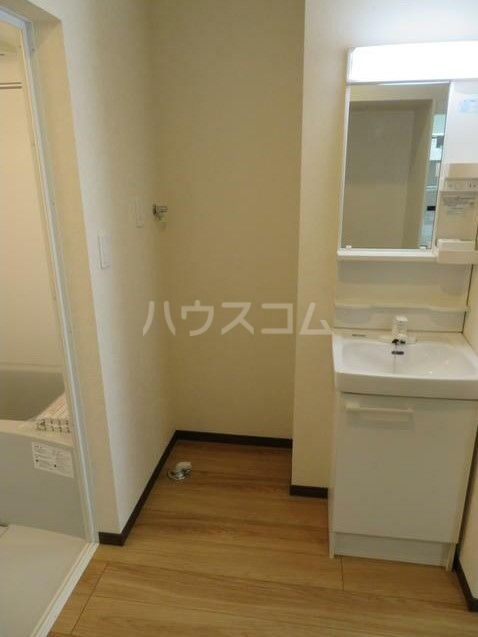 ネオステージⅡ 102号室の洗面所