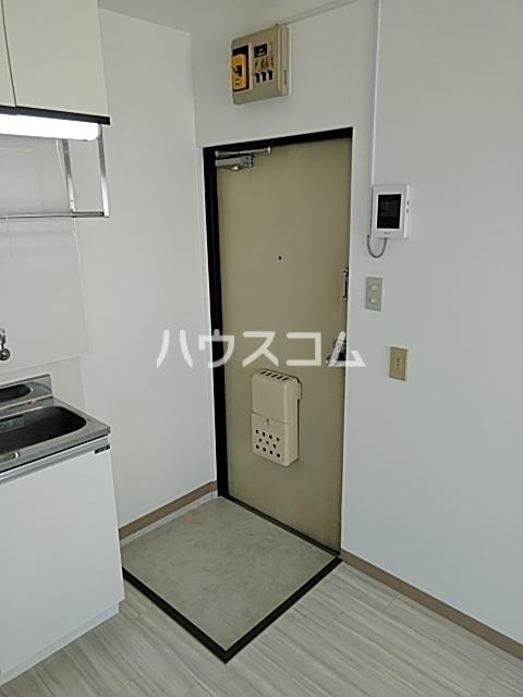 ハイムエル 202号室の玄関