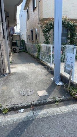 大山ビル 302号室の駐車場