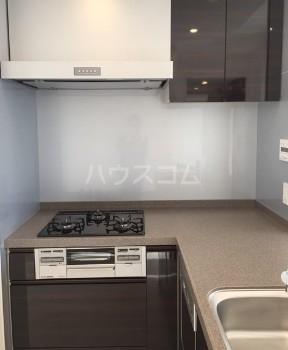 グランドミレーニア 605号室のキッチン