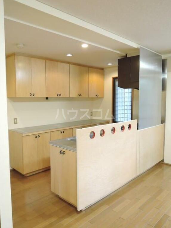 PLATEAU 203号室のキッチン
