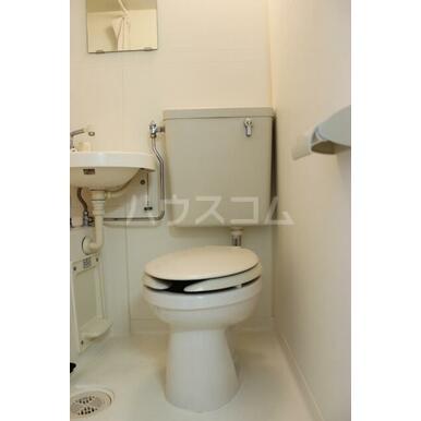 プリンスヒルB 108号室のトイレ