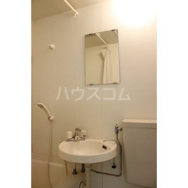 プリンスヒルB 108号室の洗面所