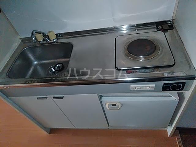 レジデンスGOOD 102号室のキッチン