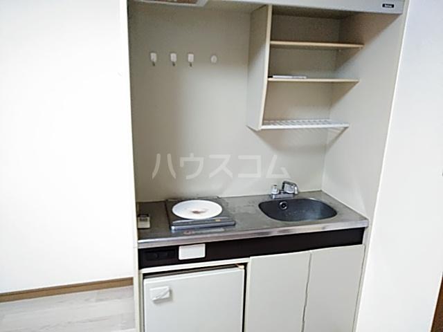 ラフォーレ小野原 201号室のキッチン
