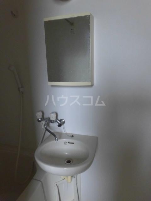 TwinGarden 0S302号室の洗面所