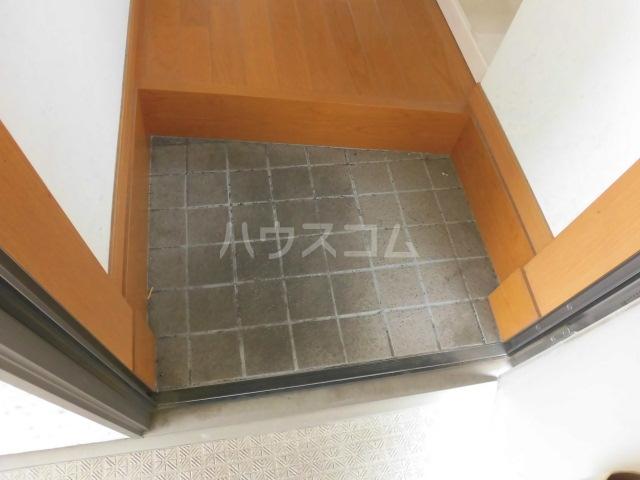 TwinGarden 0S302号室の玄関