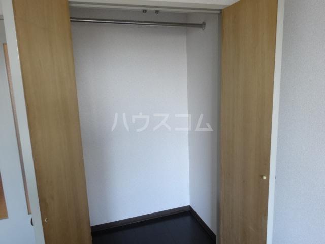 エトワール桂 102号室の収納