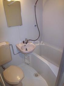 グレイスセントラルМ 403号室の洗面所