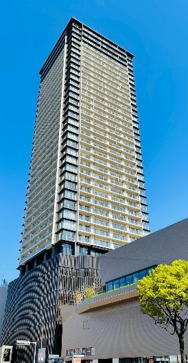 Brillia Tower 西新外観写真