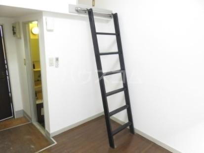 カルタス21池袋 203号室の居室