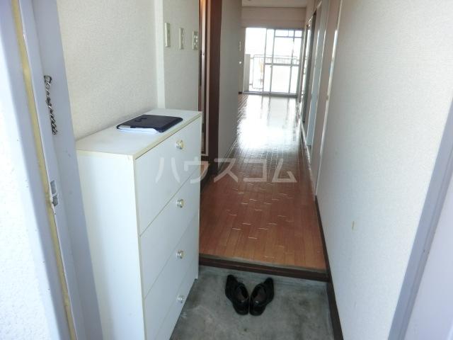 第一磯屋敷マンション 4C号室の玄関