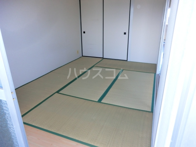第一磯屋敷マンション 4C号室の居室