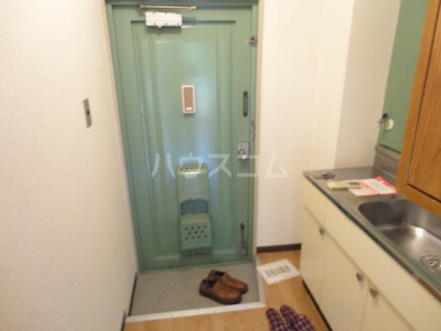 パーシモンヒル田原 313号室の玄関