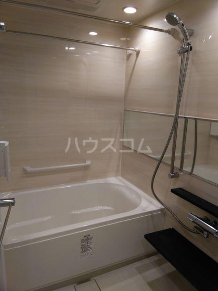 プレミスト鳴子北ヒルズフォート 504号室の風呂