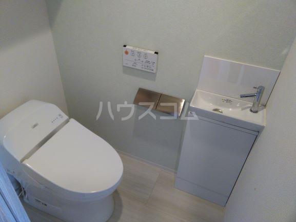 プレミスト鳴子北ヒルズフォート 504号室のトイレ